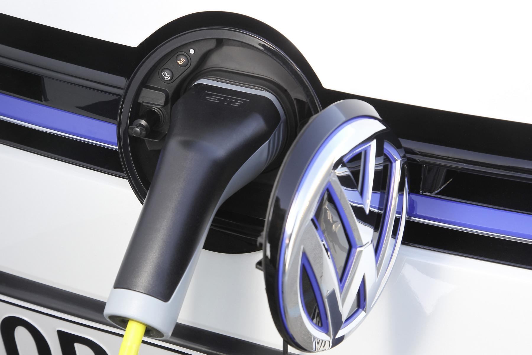 volkswagen golf gte elektroauto daten e. Black Bedroom Furniture Sets. Home Design Ideas
