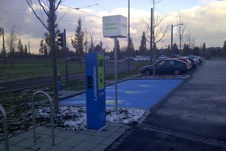 Stationsfoto P+R Parkplatz Friedberg-West 1