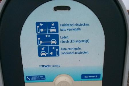 Stationsfoto Dekra Automeile Düsseldorf 2
